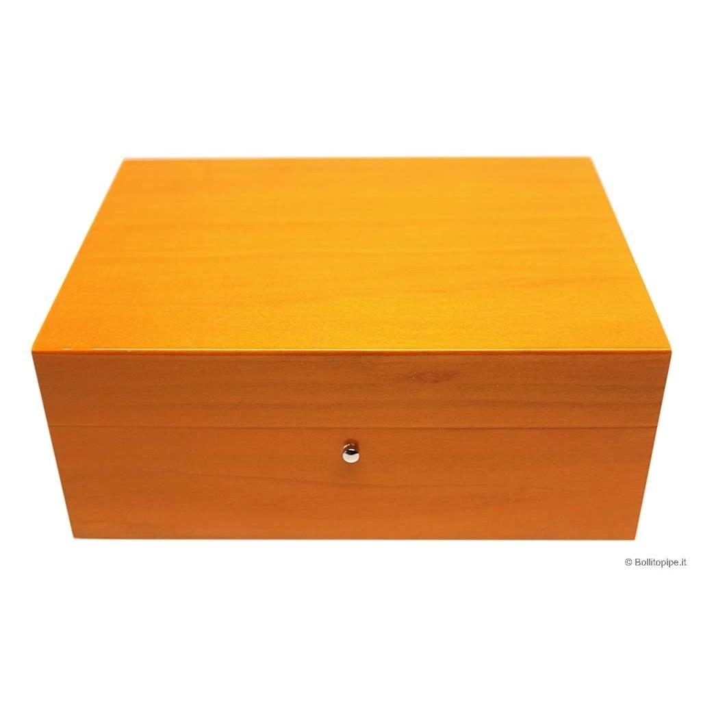 Humidor in orange briarwood