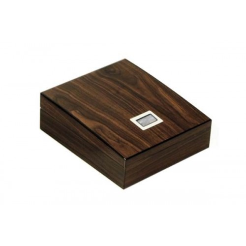 Shaped humidor in Elm polished with tray and digital higro