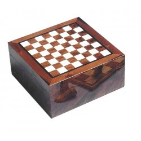 Humidor chess-board with digital higro