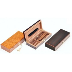 Humidor for Toscano cigars with key